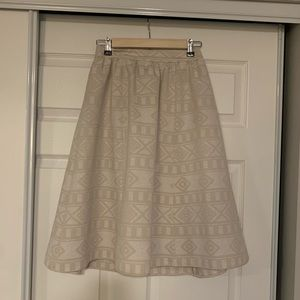 Halogen cream midi skirt with raised pattern